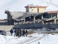 Taliban Saldırısı; 100'den Fazla Asker Öldürüldü