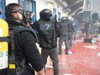 İşgalci'den Cezaevi Baskını; 100'den Fazla Esir Yaralı