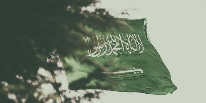Suudi  Arabistan'da 3 Askere İdam