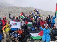 Everest'ten Esirlere Destek