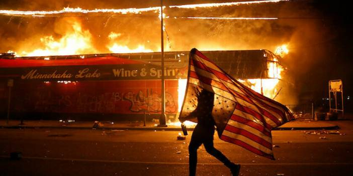 Irak'taki ABD Üssüne Saldırı