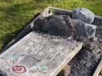 İsveç'te Müslüman Mezarlığına Saldırı