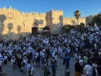 İsrail'de Bayrak Yürüyüşü Başladı